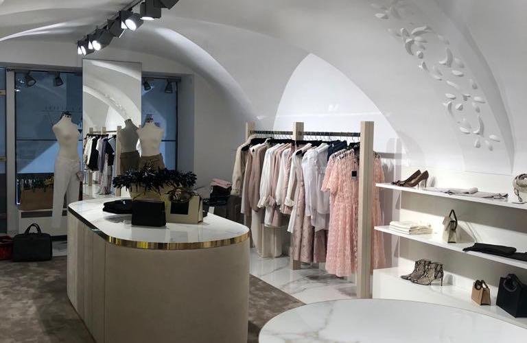 Luxus Boutique Gold weißer Marmor